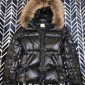 SAM. Blake Fur-Trim Short Down Coat.